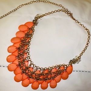 Francesca's Collections Jewelry - Francesca's Coral Statement Necklace! 🧡